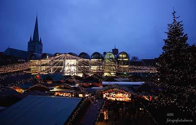Weihnachtsmarkt auf dem Lübecker Marktplatz